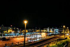 #Iserlohn #Bahnhof #Nachtaufnahme #Stadtbahnhof #Strassenfotografie #streetphotography #Sauerland