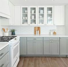 Supreme Kitchen Remodeling Choosing Your New Kitchen Countertops Ideas. Mind Blowing Kitchen Remodeling Choosing Your New Kitchen Countertops Ideas. Two Tone Kitchen Cabinets, Kitchen Cabinet Design, White Appliances In Kitchen, Gray Cabinets, Upper Cabinets, Painted Kitchen Cabinets, Kitchen Cabinetry, Kitchen Backsplash, Kitchen With White Countertops