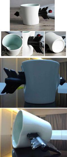Porcelain Arrow Handle Coffee Mug Pottery Designs, Mug Designs, Ceramic Cups, Ceramic Art, Cute Cups, Clay Design, Cool Mugs, Cool Inventions, Unique Home Decor