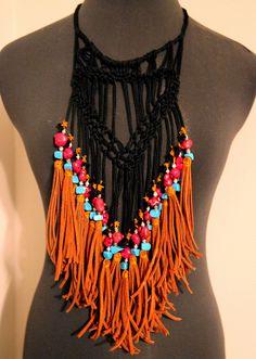 DIY macrame necklace by christy kurtz, via Flickr