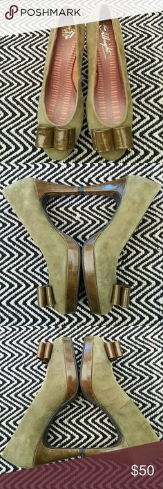 Anthropologie MISS ALBRIGHT Pump Fun and fabulous! Green suede shoes Leather throughout Immaculate inside and out Anthropologie Shoes Heels