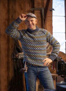 no - Viking - Oppfinner genser fra Farmen Kjendis Hand Knitted Sweaters, Boys Sweaters, Men Sweater, Best Suits For Men, Cool Suits, Handgestrickte Pullover, Rowan Felted Tweed, Norwegian Knitting, Country Attire