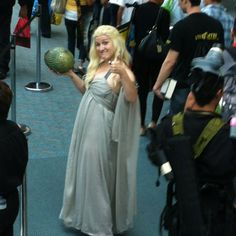I had to get this photo as a fan of Game of Thrones book & TV I saw her going down the escalator and asked for a photo.  Thank goodness for zoom!