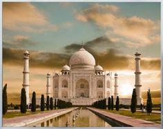 Una de las maravillas del mundo en cuanto a arquitectura se refiere, el Taj Mahal puede pasar de la India a tu hogar en un abrir y cerrar de ojos.
