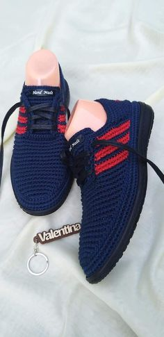 Crochet Boot Socks, Crochet Baby Hats Free Pattern, Spring Boots, Diy Crochet, Footwear, Sneakers, Shoes, Fashion, Make Shoes