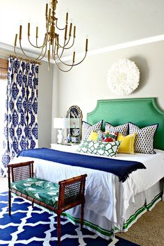 Blue and green decor color patterns eclectic decor bedroom interior design tips and ideas Bedroom Inspirations, Bedroom Interior, Bedroom Design, Master Bedrooms Decor, Interior Design Bedroom, House Colors, Eclectic Master Bedroom, Colorful Bedroom Design, Home Decor