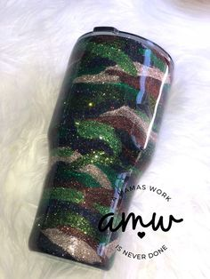 camo glitter tumbler - Products - Welcome Haar Design Alcohol Bottle Decorations, Alcohol Bottles, Wine Tumblers, Custom Tumblers, Glitter Cups, Glitter Tumblers, Ozark Tumbler, Glitter Crafts, Cup Design