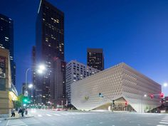 This autumn, the most ambitious museum in the history of Los Angeles opened its doors. The $140m (£93m) Broad (rhymes with road) is a custom-built temple for namesake billionaire developer Eli and his wife Edythe's 2,000-work modern art collection. Its 50,000sq ft of gallery space showcases everything from vintage Warhol soup can screenprints to Yayoi Kusama's polkadotted Infinity Mirrored Room. There's pop art from Jeff Koons – his Franklin Mint-esque Michael Jackson and Bubbles porcelain…