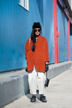 ストリートスナップ [Nadia Sarwar] | Tess Giberson, used, vintage, ヴィンテージ, 古着 | ニューヨーク | Fashionsnap.com