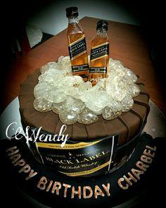 Black label cake 50th Birthday Cakes For Men, Mario Birthday Cake, Daddy Birthday, 40th Birthday Parties, Birthday Ideas, Cigar Cake, Jack Daniels Cake, Whiskey Cake, Cake For Husband