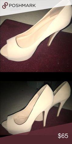 Nude heelps Great condition! Aldo Shoes Heels