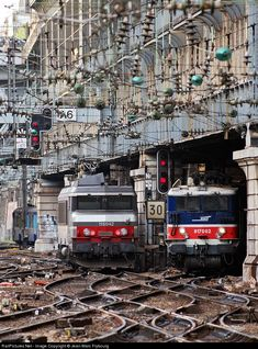 RailPictures.Net Photo: SNCF 817002 SNCF BB 17000 at Paris, France by Jean-Marc Frybourg
