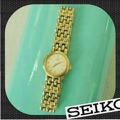 Womens Vintage Gold Tone Seiko Watch Womens Vintage Gold Tone Seiko Watch. For small wrist size. Minor scratches. Needs new Battery Seiko  Accessories Watches