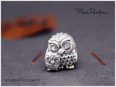Happy Halloween everyone! Today I am combining a little spooky inspiration with a review of the one of my favourite new Pandora Autumn 2016 beads: theCharming Owls! Last year, I did a whole post on styling your charms for Halloween, showing off my own Pandora Halloween leather bracelet. However, Pandora have not released anything new …Read more...