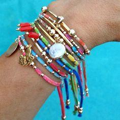 Artículos similares a Pulseras de OOAK multi fila acodar.Brazo Candy.Boho elegante encanto Bracelets.Gift para ella en Etsy