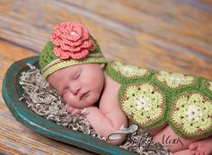 Girl Turtle by Briana K Crochet. Photo by Simply Alexis Photography. https://www.facebook.com/SimplyAlexisPhotography