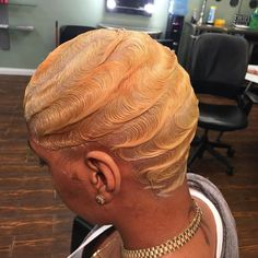 New Hair Blonde Straight Girls Ideas Sleek Hairstyles, Straight Hairstyles, Gorgeous Hairstyles, Afro Hairstyles, Vintage Hairstyles, Finger Waves Short Hair, Curly Hair Styles, Natural Hair Styles, Hair Laid