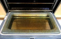 Most modern ovens come with a self-cleaning feature. The goal is to keep your oven in good shape, but the truth is those self-cleaning routines run upwards of 1000 degrees, and can actually do more damage to your oven than they're really worth. Self Cleaning Ovens, Cleaning Hacks, Cleaning Products, Cleaning Routines, Cleaning Solutions, Modern Ovens, Small Oven, Oven Cleaner, Gas Oven