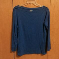 Top Light weight t-shirt with 3/4 length sleeves.  Cute little decorative buttons on the shoulders.  Its never been worn to big for me. Jones New York Tops Tees - Long Sleeve