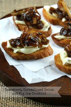 Authentic Suburban Gourmet: Camembert, Caramelized Onions and Fig Jam Crostini Secret Recipe Club Gourmet Appetizers, Appetizers For Party, Appetizer Recipes, Canapes Recipes, Gourmet Desserts, Gourmet Foods, Fig Recipes, Cooking Recipes, Coffee Recipes