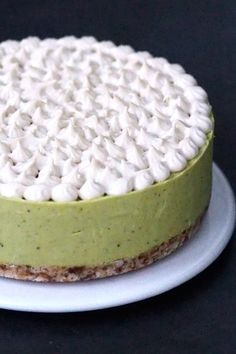 Sitruksinen raakakakku by Karita Tykkä Raw Food Recipes, Baking, Desserts, Vegan Cheesecake, Cakes, Tailgate Desserts, Deserts, Cake Makers, Raw Recipes