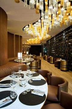 Interior Restaurant Design | Love the Ceiling Lights!!