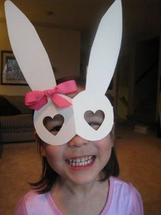 Some classic Easter Bunny goggles will really get your little ones in the Easter spirit! A bit of construction paper, some rubber bands for the twine, and some magic markers will fashion up a swell holiday Bunny mask in no time!Read more → Easter Activities, Craft Activities, Preschool Crafts, Fun Crafts, Quick Crafts, Easter Art, Hoppy Easter, Easter Bunny, Easter 2013