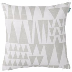 Spira Jazz Natural Cushion: Björn Nilsson's striking Jazz cushion, in a soft Nordic hue, lends a stylish, sophisticated look to any interior.