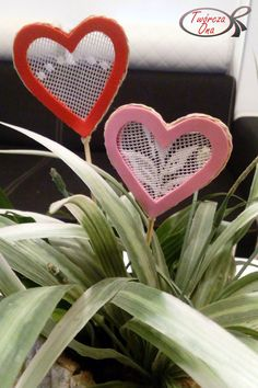 ozdoba na patyku-serduszko, Walentynki Valentine Crafts, Most Beautiful Pictures, Crafts For Kids, Heart, Day, Massage, School, Kids Arts And Crafts, Valentine Craft