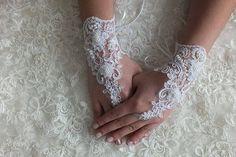 Wedding Bridal glove  white lace bridal gloves
