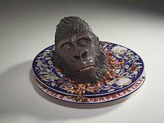 Bertozzi & Casoni: Grottesca (testa Gorilla su piatto), 2009 - CoSA | Contemporary Sacred Art