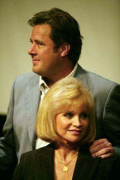 Vince Gill and Barbara Mandrell
