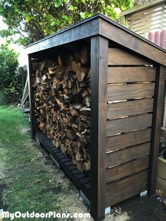 'firewood shed' in Garden Plans Outdoor Firewood Rack, Firewood Shed, Firewood Storage, Backyard Sheds, Fire Pit Backyard, Bbq Wood, Diy Shed Plans, Wood Shed Plans, Wood Storage Sheds