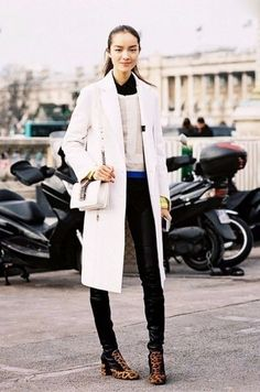 Estilo: ideas de looks para esta temporada... prenda clave - abrigo blanco