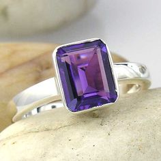 Amethyst Solitaire Ring in Silver. Large Emerald Cut Purple Amethyst Ring in 925 Sterling Silver. Purple Rings, Purple Jewelry, Emerald Jewelry, Gems Jewelry, Jewellery Rings, Vintage Jewellery, Plum Purple, Purple Amethyst, Pastel Purple