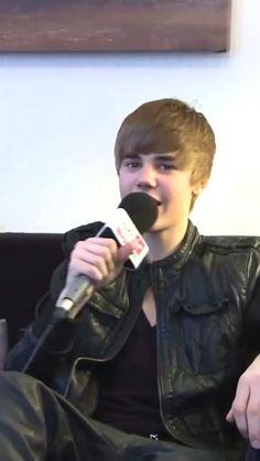 Justin Bieber Video Songs, Justin Bieber Posters, Justin Bieber Images, Justin Bieber Smile, Jb Songs, Justin Bieber Lockscreen, Aesthetic Videos, My Crush, Selena Gomez