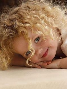 Great natural looking pose for children portraits Precious Children, Beautiful Children, Beautiful Babies, Cute Kids, Cute Babies, Kind Photo, Actor Headshots, Chicago Photography, Child Face
