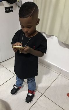 70 Ideas Black Baby Boy Haircut For 2020 Lil Boy Haircuts, Black Boys Haircuts Kids, Black Baby Boys, Baby Boy Hairstyles, Toddler Boy Haircuts, Cute Black Babies, Beautiful Black Babies, Cute Kids Fashion, Little Boy Fashion