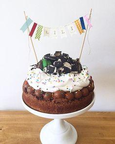Birthday Party Snacks, Birthday Breakfast, Birthday Cake Girls, Birthday Cupcakes, Birthday Nails, Wine Recipes, Dessert Recipes, Desserts, Cakes Originales
