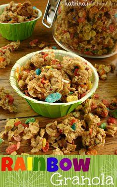 Mix up your mornings with this Rainbow Granola Recipe   | www.inkatrinaskitchen.com