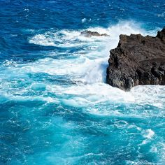 crashing waves and the sound of the sea.