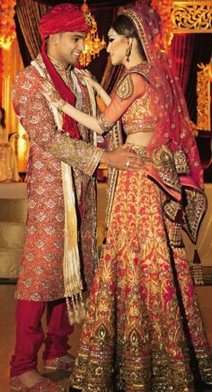 Amir Khan and Faryal Makhdoom Wedding Pictures | Gorgeous full view of wedding outfits