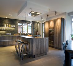When estate agency owner Andrew Regan from Regan & Hallworth installed a kitchen in his new home, he turned to Stuart Frazer and designer Paul Rigby for a SieMatic kitchen reminiscent of his favorite ski resort