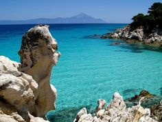 Livin' the island life - Yahoo Image Search Results Paradise Island, Island Life, Oh The Places You'll Go, Places To Travel, Macedonia Greece, Crystal Clear Water, Beautiful Places, Beautiful Scenery, Around The Worlds