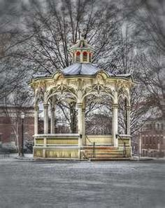 Downtown Medina ohio.... Came across this randomly in Pinterest on the popular page not pinned by anyone I know :) medina love! ;)