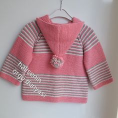 Diy Crafts - -Free Knitting Pattern for Chunky Cat Jacket Long-sleeved cardigan with shawl collar and kittens on the front and b Baby Cardigan Knitting Pattern, Baby Knitting Patterns, Girls Sweaters, Baby Sweaters, Knitting For Kids, Free Knitting, Toddler Cardigan, Knitted Baby Clothes, Diy Clothes