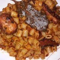 Χταπόδι με κοφτό μακαρονάκι. Μακράν το καλύτερο που έχω φάει Greek Dishes, Fish And Seafood, Macaroni And Cheese, Meat, Chicken, Ethnic Recipes, Mac And Cheese, Cubs