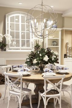 Our Hampton chairs look great with our Boston table.