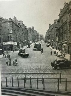 my wife's great uncle sister Mary Montage McDonald ived at 77 on right and on left at 35 lived her great uncle Mcgregor's family. Dundee City, England Uk, Historical Photos, Family History, Great Britain, Old Photos, United Kingdom, New York Skyline, Scotland