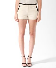 [Contrast Trim High-Rise Shorts] I just ordered these online.  i'm crossing my fingers they fit...I love the contrasting black trim.